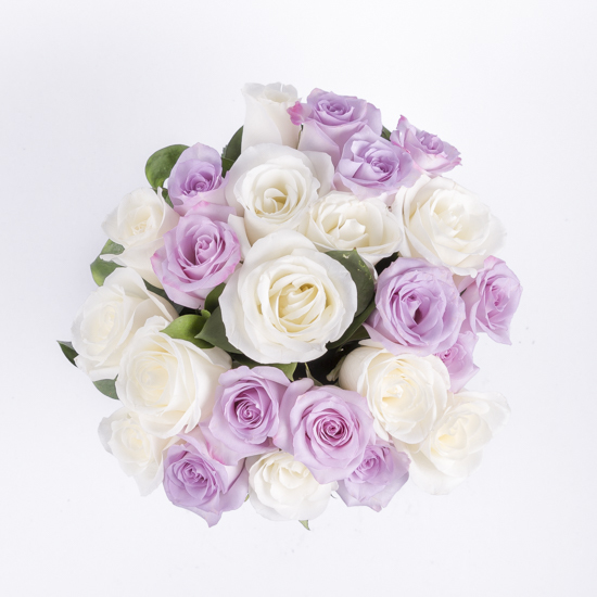 Roses purple and white rose bouquet ode à la